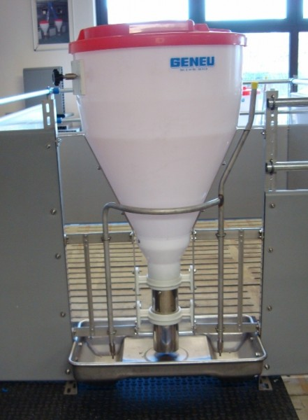 Futterautomat für Mastschweine TFB 750 L